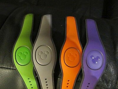 Disney Magic Band NOT A TICKET pick ONE color blank or named READ DESCRIPTION
