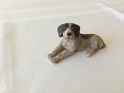 Handsome Pointer dog figurine 3 x1.5