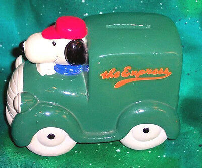 Vintage Peanuts Snoopy The Express Green Truck Bank Ceramic Chalkware Figurine