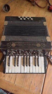 Vintage accordion - 'genuine piano action - Italian model' with box