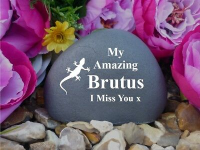Pet Memorial - Pebble (Stone effect) - Personalised - Weatherproof - Geko