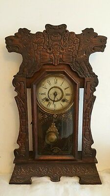 Beautiful Art Nouveau New Haven american wooden carved lion mantle clock
