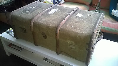 Large Antique Canvas Wood Bound Travel Steamer Trunk Luggage / Coffee Table