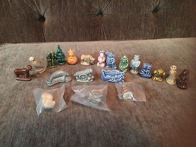 Mixed Lot Of 20 Vintage Wade Figurines England Red Rose Tea