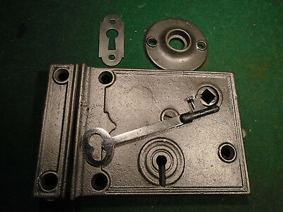 VINTAGE CIRCA 1890 RIM LOCK w/KEY & KEEPER: CLEAN RECONDITIONED (9182)