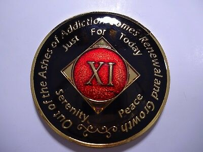 NA Black Red Coin 11 Year Tri-Plate Narcotics Anonymous Medallion +Capsule&Stand