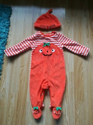 Super cute baby boys or girls age 3-6 months Pumpkin Halloween babygrow and hat