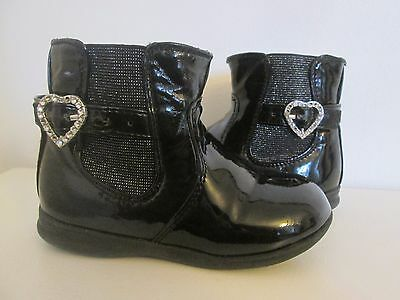 Chaussure fille taille 25 noires vernies bottines
