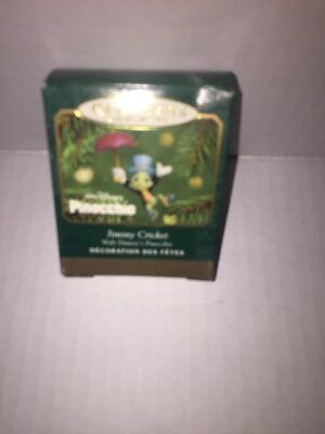 2001 Hallmark MINIATURE Jiminy Cricket Disney Ornament MINI Pinocchio Umbrella