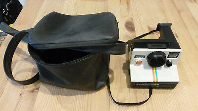 Polaroid LAND 1000 instant Camera +CARRY POUCH