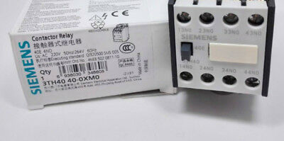 1PC New Siemens 3TH4022-0XM0 3TH4 022-0XM0 Contactor AC220V In Box