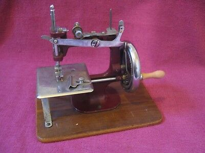 Vintage Childs Toy Sewing Machine - Essex No. 1 similar to Singer 20