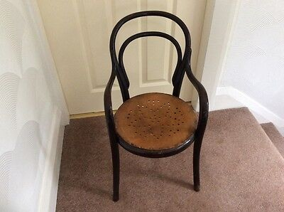 Childs Antique Bentwood chair