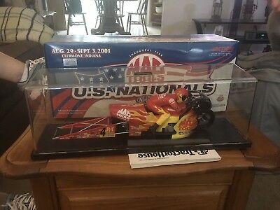 Action MAC Tools US Nationals 1:9 Pro Stock Motorcycle. 2001 Antron Brown.