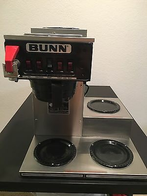 BUNN CWTF 15 Automatic Coffee Brewer 3 Lower Warmers, Hot Water Faucet 220Volt