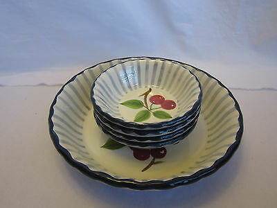 Set of Williams Sonoma Grand Cuisine Cherries Cherry Bowls 4 small 1 large WOW!