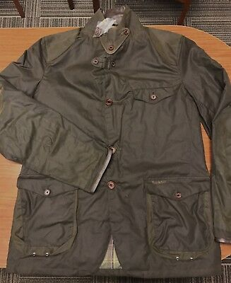 Barbour Beacon Sports Jacket NWT Olive Green Size L (from Skyfall)