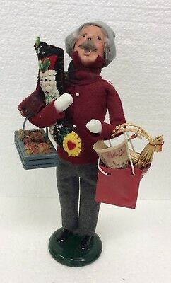 Byers Choice Caroler Traditional Shopper Grandfather Holding Stocking Apples Bag