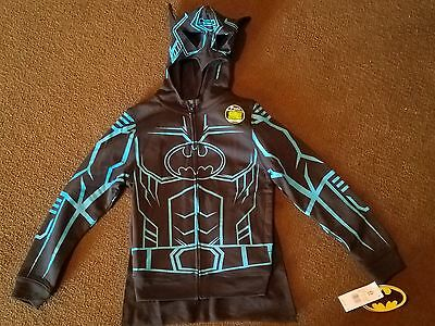 "NWT BATMAN ""GLOW IN THE DARK"" HOODIE  WITH REMOVEABLE CAPE Youth Sz XL and XS"
