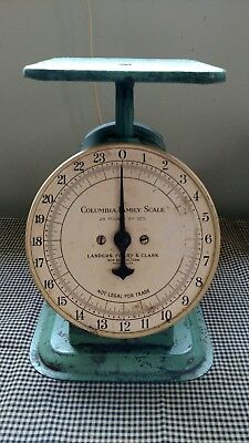 Vintage Columbia Family Scale Landers, Frary & Clark