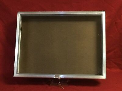 Aluminum Display Case Side Opening 18 x 24 x31/4 Knives Cards Gun Jewelry & More