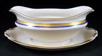 Syracuse WAYNE BLUE Gravy Boat with attached underplate GREAT CONDITION