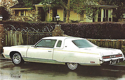 1975 CHRYSLER Brochure w/ Color Chart: NEW YORKER,NEWPORT,TOWN & COUNTRY....NOS!