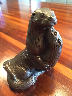 Heredites Bronze effect Figure of Pair of Otters