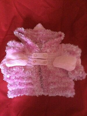 gorgeous pink hooded jacket with funky fur trim 0 to 4 months