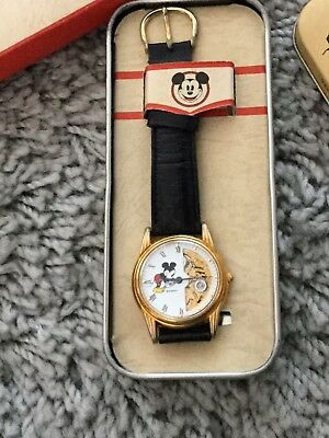 Disney Store Mickey Mouse Watch In Box With Dust Cover - RARE