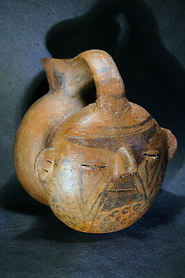 Pre Columbian portrait trophy head face double vessel wTL Report! Vicus Moche