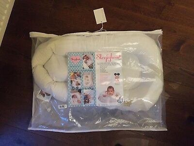 Sleepyhead Deluxe 0-8 months baby pod with original packaging