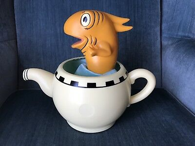 Tekky Toys Dr. Seuss The Cat In The Hat Taking Fish 2003