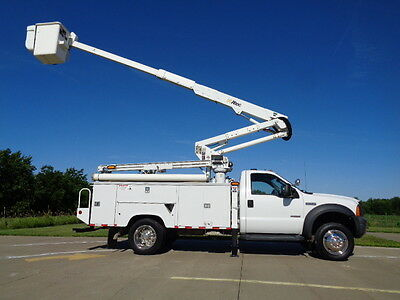06 43' Bucket Truck Boom Basket Lift Aerial Utility Service AC