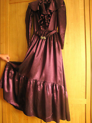 Antikes langes Kleid Volant Paris Gr 36 Manequin Teather Frankreich Shabby Deko
