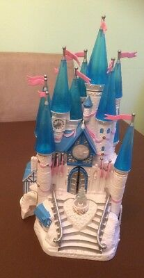 Trendmaster/Polly Pocket Cinderella Star castle With 12 Figures And A Horse 1996