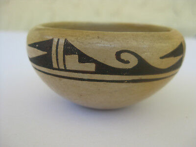 Vintage Hopi Miniature Pottery Bowl Unsigned Old Pawn