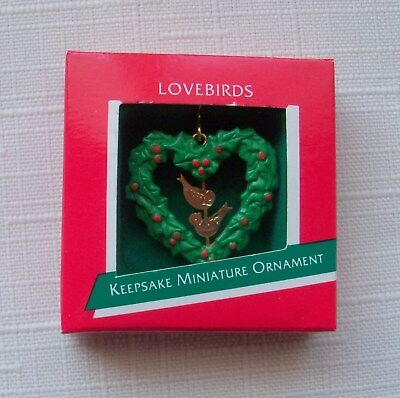 Hallmark Miniature Ornament 1989 Love Birds