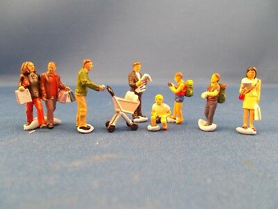 Bachmann model people, 00 guage, pre-painted, 8 people and one pram