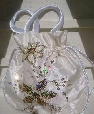 ivory drawstring bag for Georgian ball and dance card