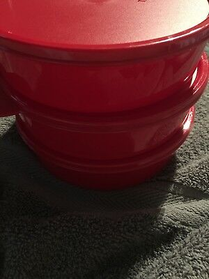 New Tupperware Cereal Bowls, set of 3, in bold holiday red
