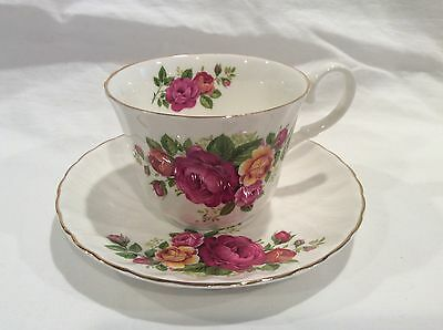 Vintage Argyle Bone China Tea Cup and Saucer Rose Bouquet Gold Trim England
