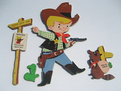 Vintage 1962 Pin Up Dolly Toy Wells Fargo Sheriff, Racoon, Post & Cactus - VGUC