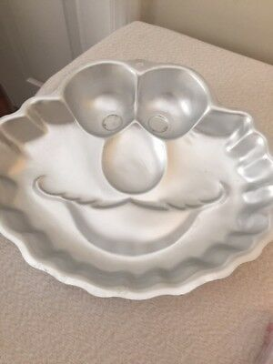 FREE BONUS* WILTON Cake Decorating Pan Elmo Sesame Street