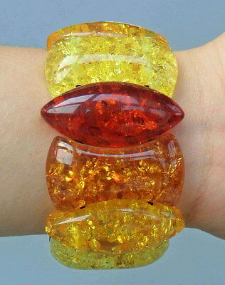 Collectable Chinese Handmade Fine Amber Carved Petals Beads Lucky Bracelet Decor