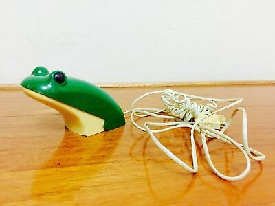 Vintage Green Frog Push Button Telephone Made In Taiwan