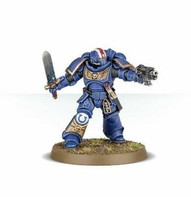 warhammer 40000 dark imperium Primaris Space Marine Lieutenant with power sword