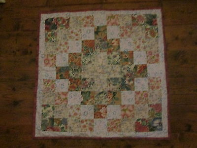 Handmade Patchwork Quilt Throw Rug  Squares Material Sewing Fabric