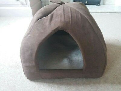 Luxury Padded Igloo Cat Bed House in