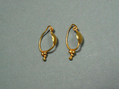 Ancient Gold Earrings Granulation Design Roman 100-300 Ad